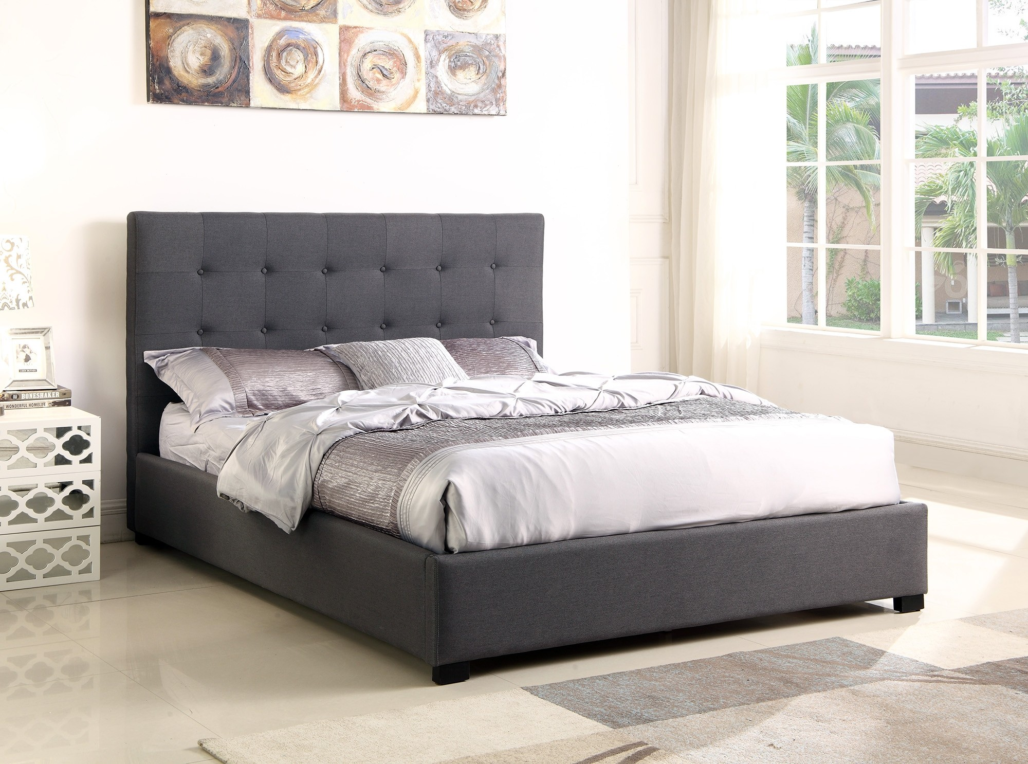 lit coffre layton sommier 140cm tissu gris lits 2 places. Black Bedroom Furniture Sets. Home Design Ideas