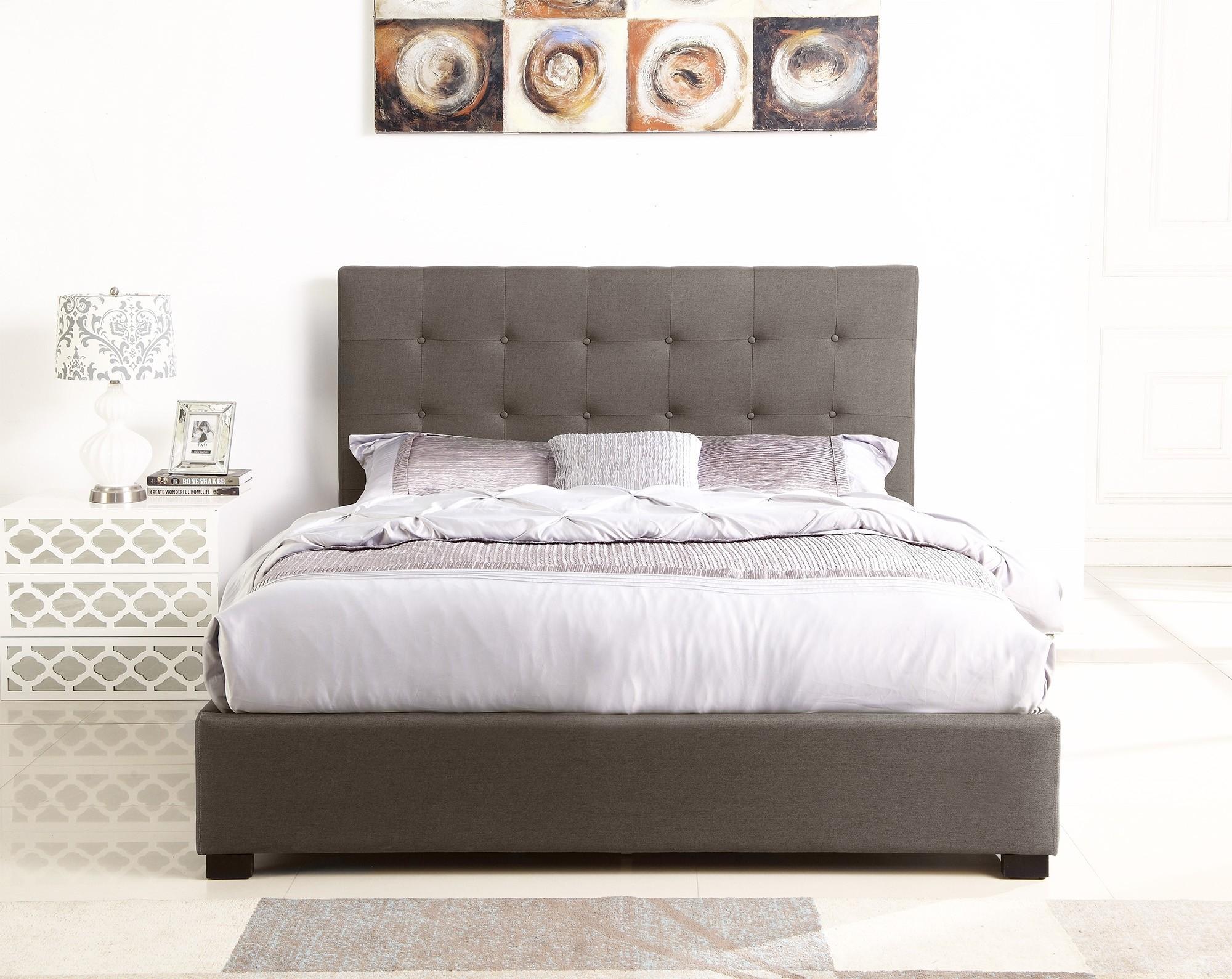 lit coffre layton sommier 160cm tissu taupe lits 2 places. Black Bedroom Furniture Sets. Home Design Ideas